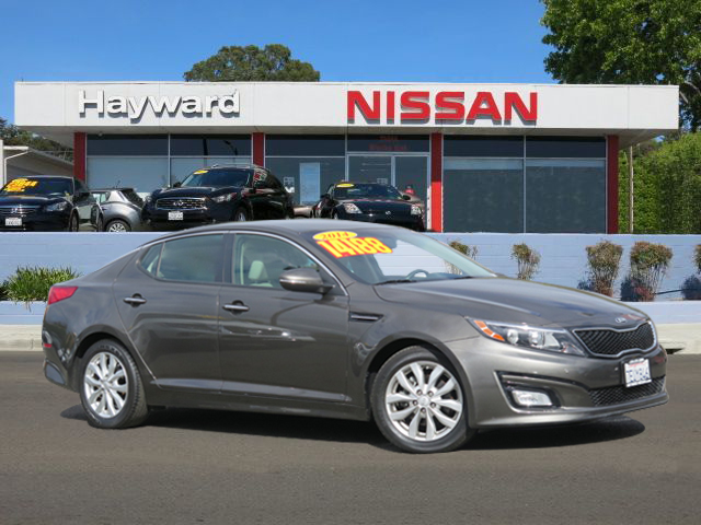 2014 KIA OPTIMA LX SEDAN gray 4-cyl 24 liter automatic one the best comuters in 2016 by car an
