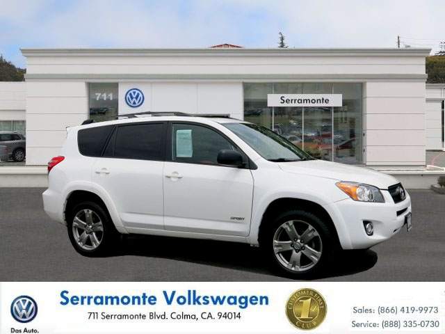 2010 TOYOTA RAV4 RAV4 white 25l 4 cylinder automatic must see  well maintained  one owner