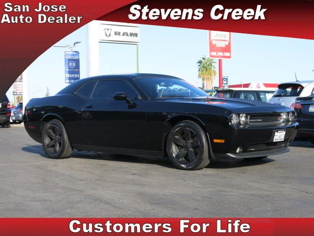 2014 DODGE CHALLENGER CHALLENGER black v8 57 liter hemi manual power windows  tilt wheel  am
