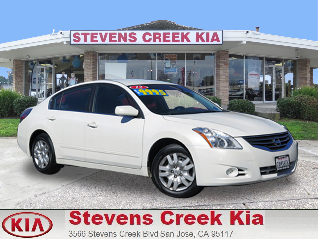 2012 NISSAN ALTIMA 25 SEDAN white 4-cyl 25 liter automatic fwd  power windows  tilt wheel
